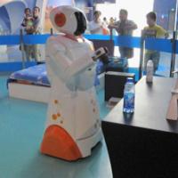 国自智能家居服务机器人